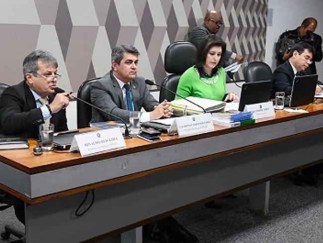 CCJ aprova indicados para representar Ministérios Públicos estaduais no CNMP