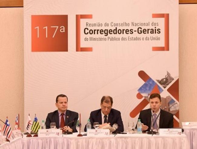Corregedores-gerais dos MPs dos Estados e União participam de reunião em Goiânia