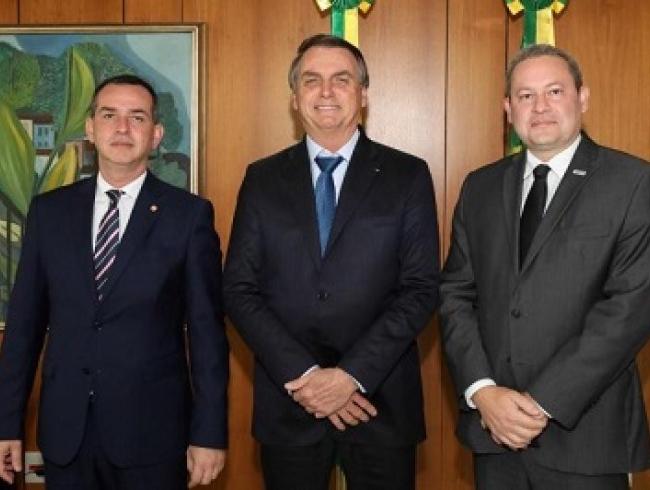 Abuso de autoridade: Presidente Jair Bolsonaro recebe CONAMP