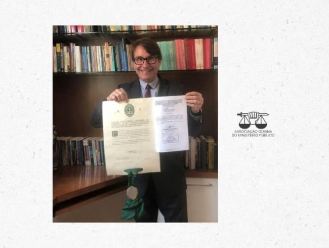 Promotor de Justiça goiano conquista título em doutorado internacional