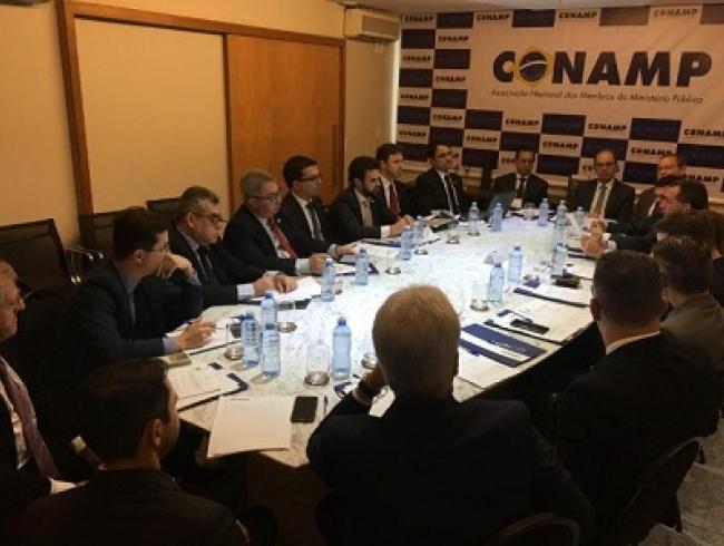 Presidente do CNPG participa de reunião do colegiado da CONAMP