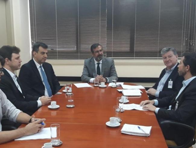 MPGO discute os impactos da reforma da Previdência Complementar com diretores da PrevCom